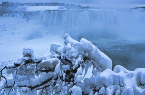 Frozen Niagara on January 7, 2018. IX